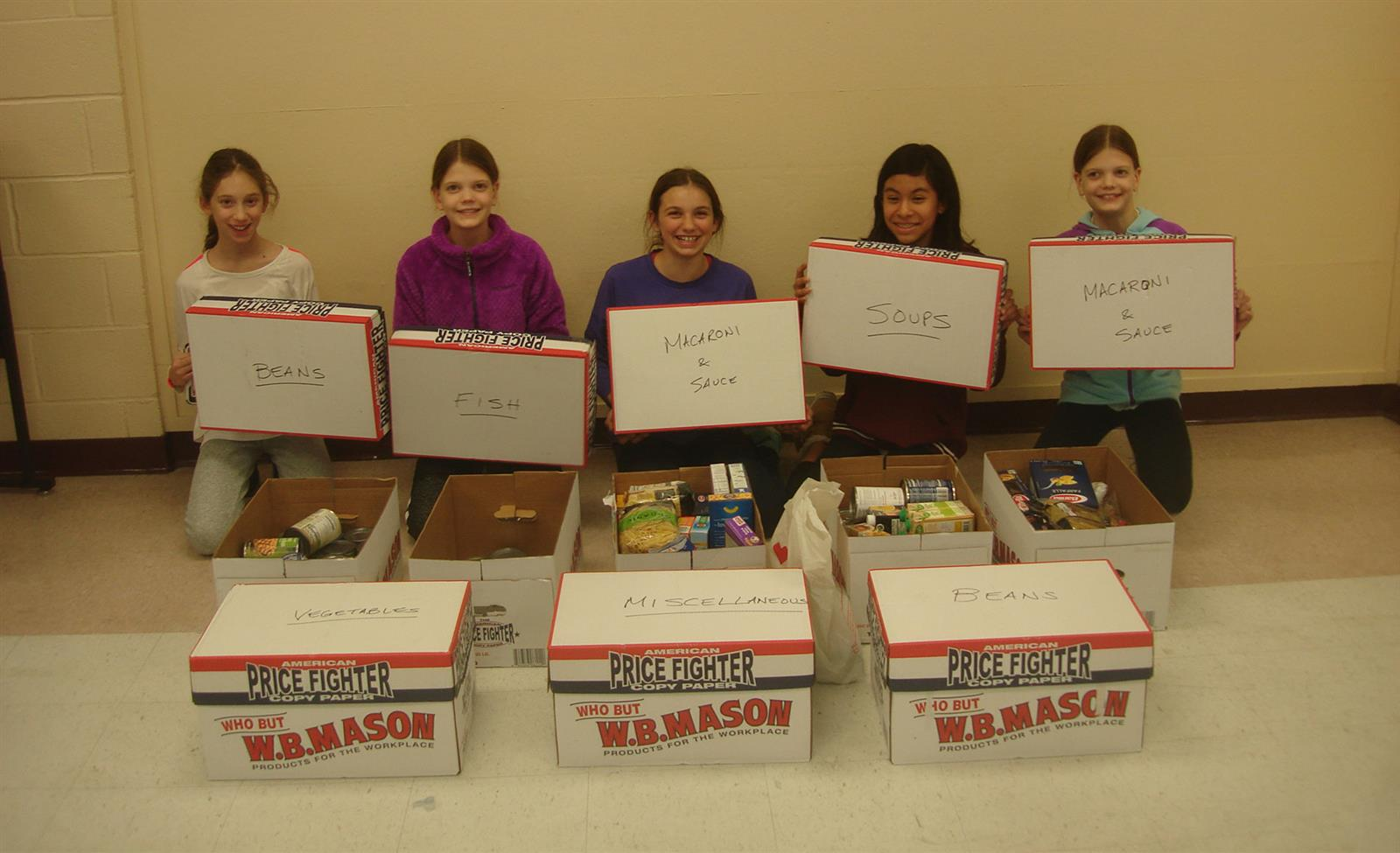 Student Senate Donates Food Items to People in Need photo
