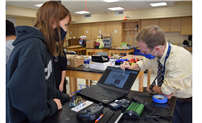 Students Learn Robotics With K.I.T.T. thumbnail178065